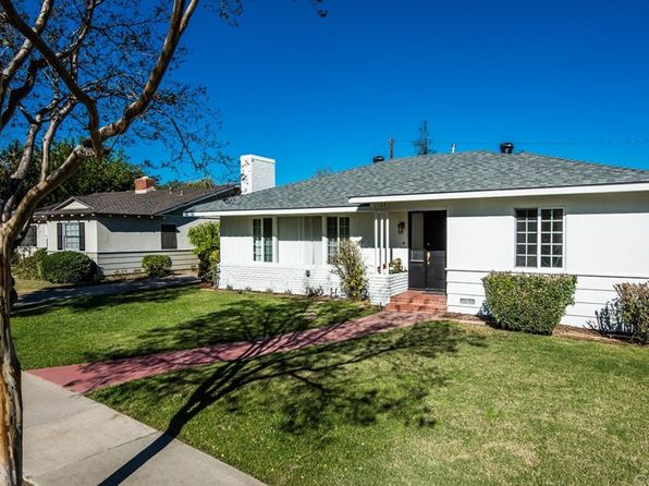 3 bed 2 bath Single Family at 1147 W 10th St Santa Ana, CA, 92703 is for sale at 650k - 1 of 38
