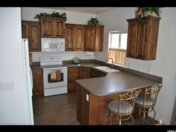 4 bed 4 bath Single Family at 2015 E 775 S Spanish Fork, UT, 84660 is for sale at 270k - 1 of 27