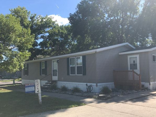 3 bed 2 bath Mobile / Manufactured at 738 Countryside Trailer Ct S Fargo, ND, 58103 is for sale at 63k - 1 of 11