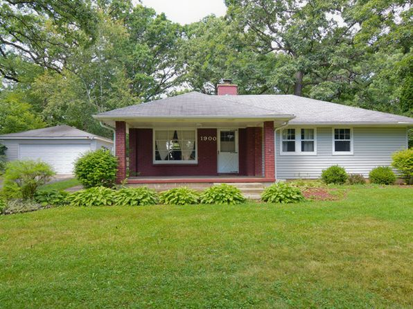 3 bed 1 bath Single Family at 1900 Kellogg Ave Waukegan, IL, 60087 is for sale at 150k - 1 of 31