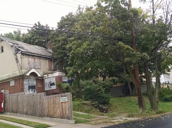 6 bed 2 bath Single Family at 17235 Henley Rd Jamaica, NY, 11432 is for sale at 845k - google static map