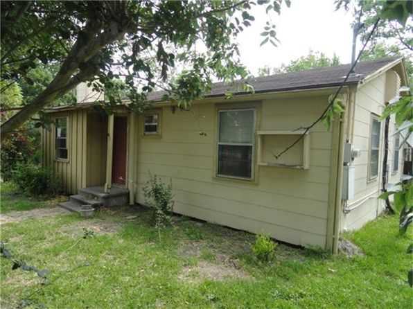 3 bed 2 bath Single Family at 12411 Settemont Rd Houston, TX, 77085 is for sale at 85k - 1 of 24