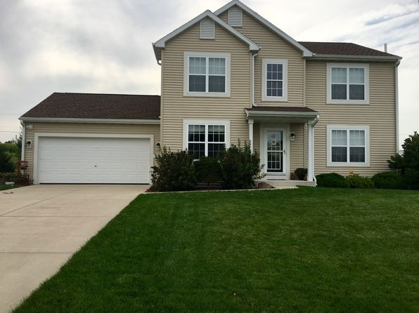 3 bed 3 bath Single Family at 425 Cedar Bluffs Ct Slinger, WI, 53086 is for sale at 298k - 1 of 24