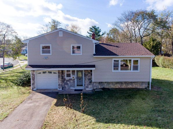 3 bed 2 bath Single Family at 109 Willow St East Brunswick, NJ, 08816 is for sale at 359k - 1 of 15