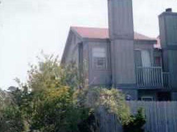 2 bed 2 bath Townhouse at 185 Sandra Del Mar Dr Mandeville, LA, 70448 is for sale at 69k - 1 of 13