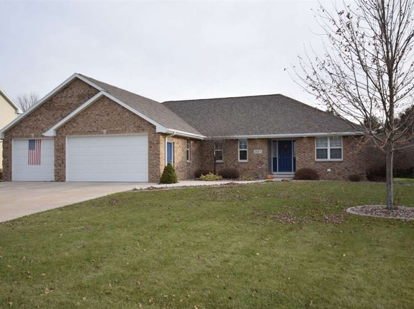 4 bed 4 bath Single Family at 2017 Morning Dew Ln De Pere, WI, 54115 is for sale at 315k - 1 of 22