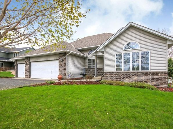 4 bed 2.5 bath Single Family at 2980 Carey Heights Dr Maplewood, MN, 55109 is for sale at 325k - 1 of 16