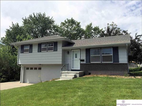 3 bed 2 bath Single Family at 12204 R St Omaha, NE, 68137 is for sale at 144k - 1 of 17