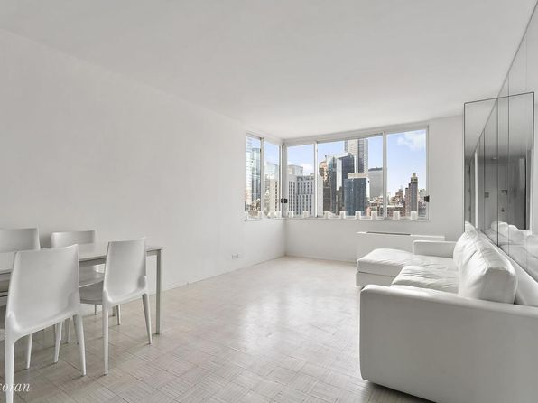 1 bed 1 bath Condo at 350 W 50th St New York, NY, 10019 is for sale at 999k - 1 of 11