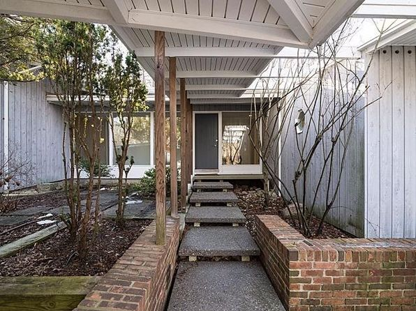 3 bed 4 bath Single Family at 341 Corrie Rd Ann Arbor, MI, 48105 is for sale at 699k - 1 of 59