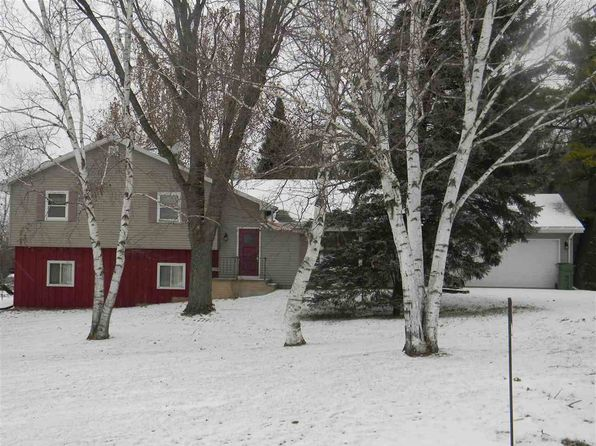 4 bed 2 bath Single Family at 1723 Hill Rd Greenleaf, WI, 54126 is for sale at 250k - 1 of 32