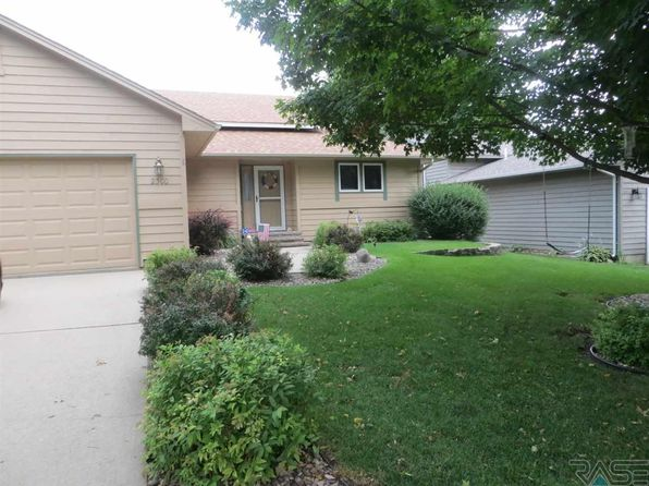 4 bed 3 bath Single Family at 2300 S Avondale Ave Sioux Falls, SD, 57110 is for sale at 205k - 1 of 21