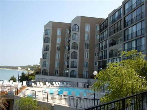 2 bed 2 bath Condo at 103 W Dixon Ave Charlevoix, MI, 49720 is for sale at 400k - 1 of 24