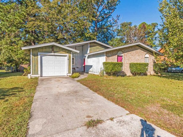 4 bed 2 bath Single Family at 305 Pembrook St Ladson, SC, 29456 is for sale at 112k - 1 of 18