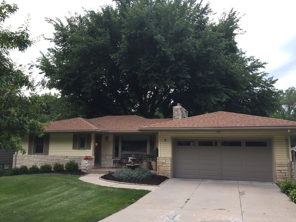 3 bed 2 bath Single Family at 2522 S 105th St Omaha, NE, 68124 is for sale at 229k - 1 of 35