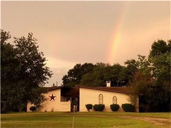 3 bed 2 bath Single Family at 1746 Fm 949 Alleyton, TX, 78935 is for sale at 190k - 1 of 9