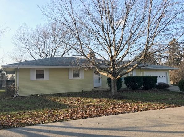 4 bed 2 bath Single Family at 135 Donlin Ct Sycamore, IL, 60178 is for sale at 165k - 1 of 14