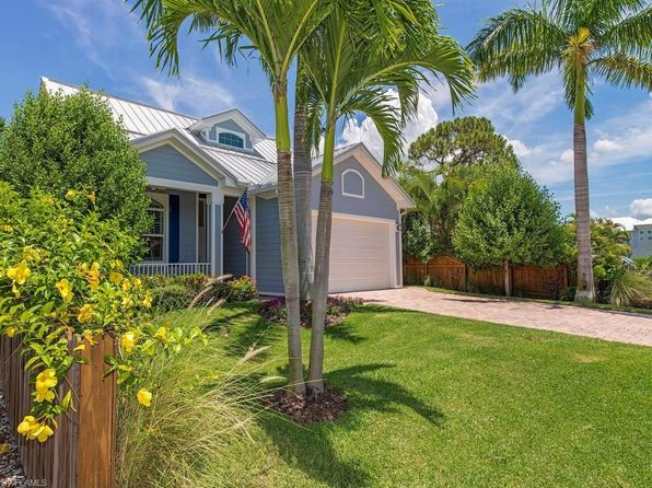 4 bed 4 bath Single Family at 583 91ST AVE N NAPLES, FL, 34108 is for sale at 788k - 1 of 22