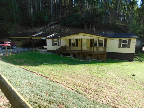 3 bed 2 bath Single Family at 124 Cook-Cooper Hollow Rd Pineville, WV, 24874 is for sale at 28k - google static map
