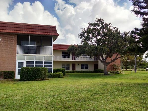 2 bed 2 bath Condo at 74 Royal Oak Ct Vero Beach, FL, 32962 is for sale at 90k - 1 of 28