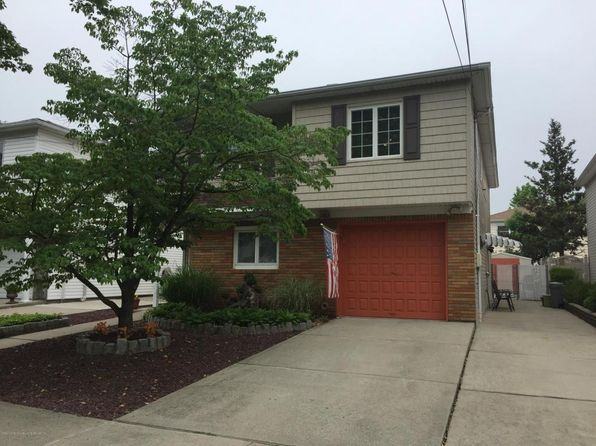 4 bed 3 bath Multi Family at 52 Dunbar St Staten Island, NY, 10308 is for sale at 725k - 1 of 34