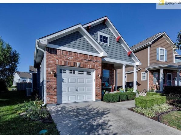 3 bed 3 bath Single Family at 1025 SW Arborway Cir Lees Summit, MO, 64082 is for sale at 224k - 1 of 25