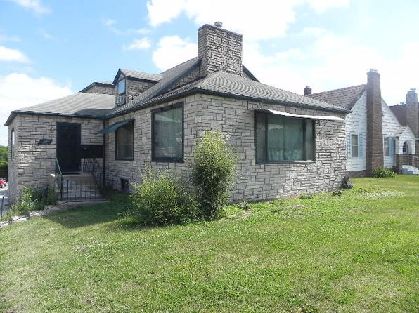 4 bed 2 bath Single Family at 1023 W Burkhart St Moberly, MO, 65270 is for sale at 85k - 1 of 5
