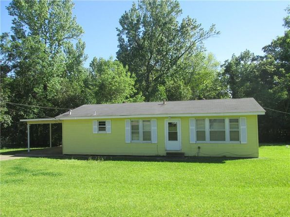 3 bed 1 bath Single Family at 1702 HANDLEY LOOP EXT PINEVILLE, LA, 71360 is for sale at 109k - 1 of 6