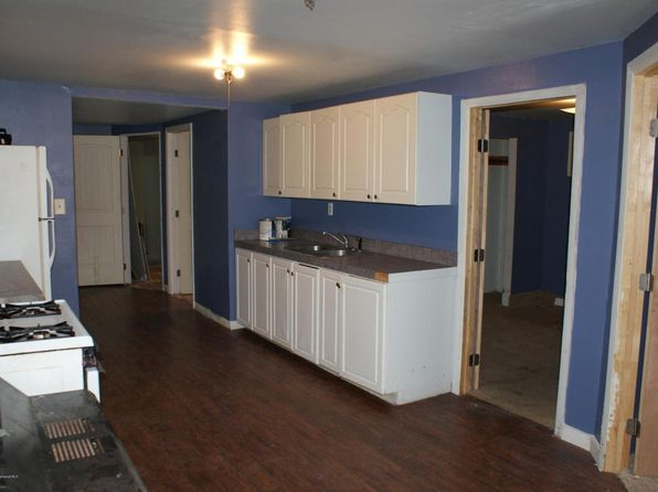 2 bed 1 bath Single Family at 366 E Main St New Castle, CO, 81647 is for sale at 287k - 1 of 7