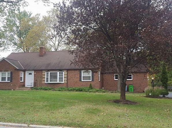 5 bed 2 bath Single Family at 1722 Sherwood Blvd Cleveland, OH, 44117 is for sale at 170k - 1 of 23