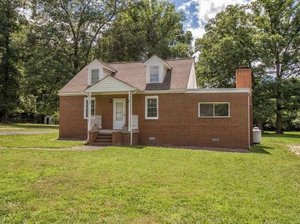 3 bed 2 bath Single Family at 21700 Beverley St South Chesterfield, VA, 23803 is for sale at 150k - 1 of 31