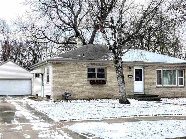 2 bed 2 bath Single Family at 1307 E Marquette St Appleton, WI, 54911 is for sale at 130k - 1 of 23