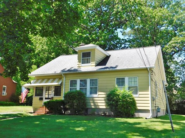 3 bed 1 bath Single Family at 99 Morton St West Springfield, MA, 01089 is for sale at 180k - 1 of 29