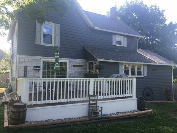 3 bed 2 bath Single Family at 140 Spruce St Athens, PA, 18810 is for sale at 145k - 1 of 17