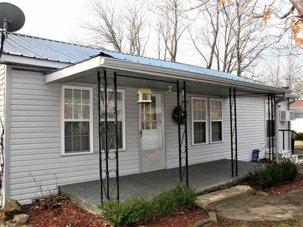 2 bed 2 bath Single Family at 606 Clarence St Mountain View, AR, 72560 is for sale at 70k - 1 of 20