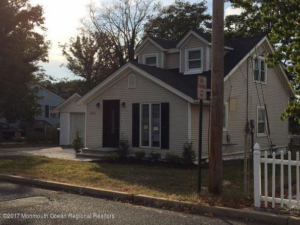 2 bed 1 bath Single Family at 948 Greenwood Ave Keyport, NJ, 07735 is for sale at 236k - 1 of 15