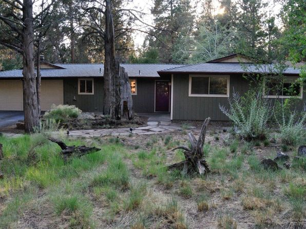3 bed 2.5 bath Single Family at 61243 Chikamin Dr Bend, OR, 97702 is for sale at 332k - 1 of 10