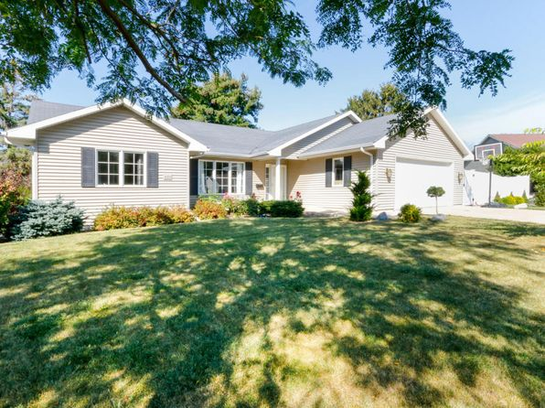 4 bed 3 bath Single Family at 231 Penny Ln Lake Geneva, WI, 53147 is for sale at 339k - 1 of 25