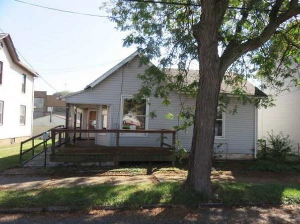 2 bed 1 bath Single Family at 814 2nd Ave Beaver Falls, PA, 15010 is for sale at 15k - 1 of 6