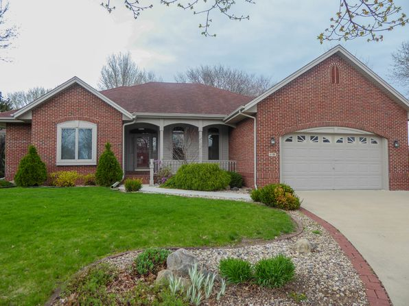 3 bed 3 bath Single Family at 110 Willow Cir Waverly, IA, 50677 is for sale at 275k - 1 of 28