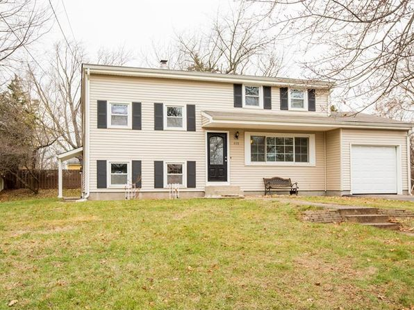 5 bed 3 bath Single Family at 400 Rivercrest Dr Piscataway, NJ, 08854 is for sale at 360k - 1 of 24