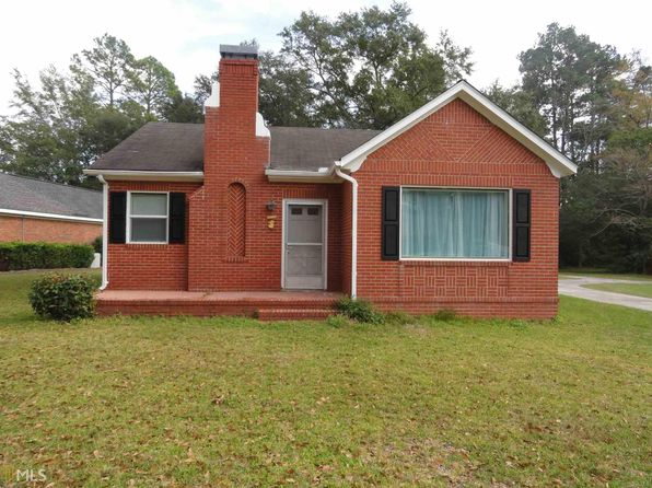 2 bed 1 bath Single Family at 305 Donehoo St Statesboro, GA, 30458 is for sale at 105k - 1 of 21