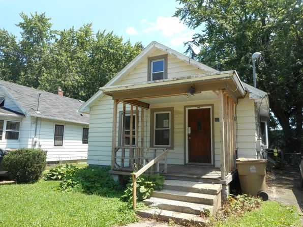 2 bed 2 bath Single Family at 2403 Superior St Madison, WI, 53704 is for sale at 100k - 1 of 9
