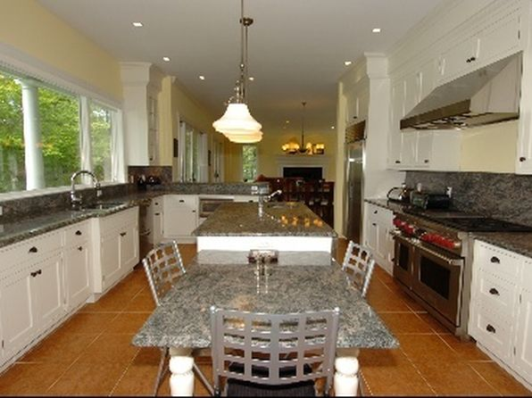 5 bed 6.5 bath Single Family at Undisclosed Address East Hampton, NY, 11937 is for sale at 2.00m - 1 of 9