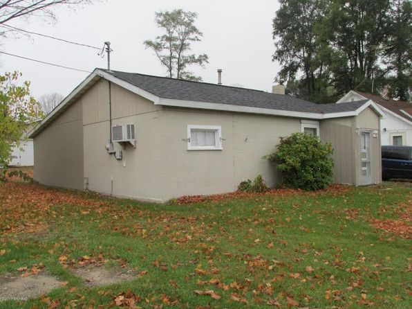 2 bed 1 bath Single Family at 150 SCOTT ST MORLEY, MI, 49336 is for sale at 59k - 1 of 10