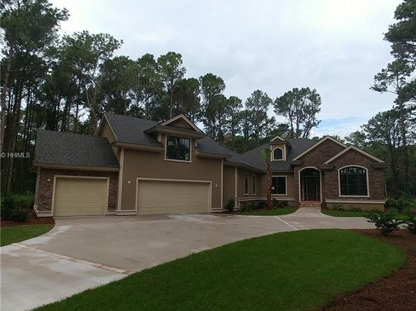4 bed 4 bath Single Family at 40 RIVER CLUB DR HILTON HEAD ISLAND, SC, 29926 is for sale at 799k - 1 of 32