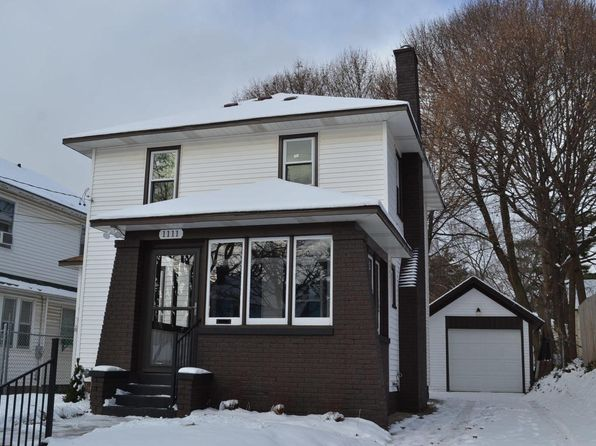 3 bed 2 bath Single Family at 1111 Fisk St SE Grand Rapids, MI, 49507 is for sale at 150k - 1 of 39