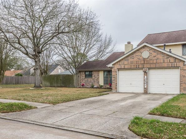 3 bed 3 bath Single Family at 10901 Idlewood Ct La Porte, TX, 77571 is for sale at 175k - 1 of 37