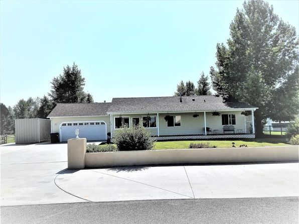 4 bed 3.5 bath Single Family at 94 Wrangler Dr Bozeman, MT, 59718 is for sale at 390k - 1 of 22