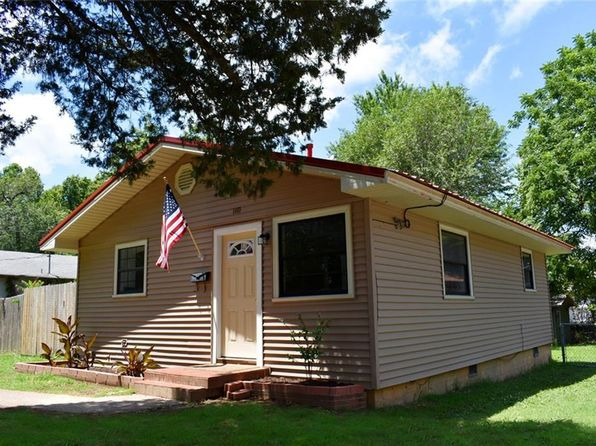 2 bed 1 bath Single Family at 110 E Bailey Ave Springdale, AR, 72764 is for sale at 83k - 1 of 10